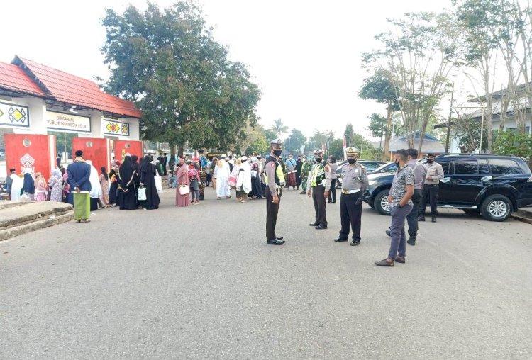 Pengamanan Sholah ID, Oleh Anggota Polres TTS
