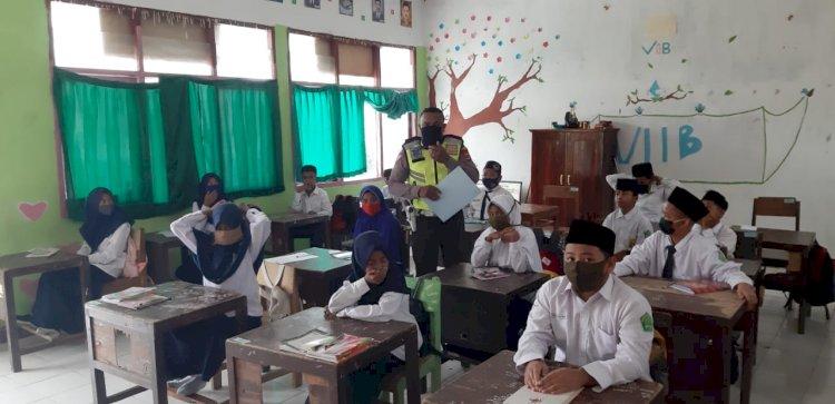 Dikmas Lantas Polres TTS Sosialisasi ABK dan Beri Imbauan Tertib Berlalu Lintas