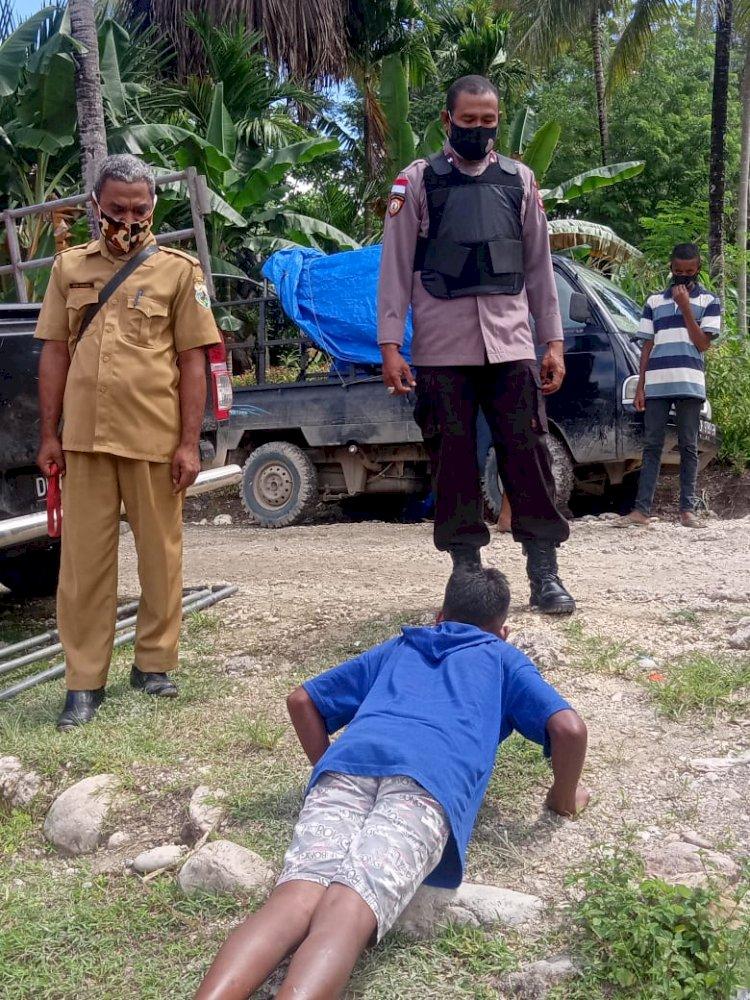 Melanggar Prokes , Personil Polsek Beri Tindakan Kepada Pelanggar
