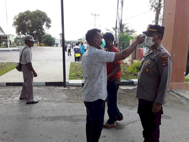 Memasuki Mapolres TTS , Masyarakat dan Anggota Wajib Patuhi Prokes Cegah Covid-19