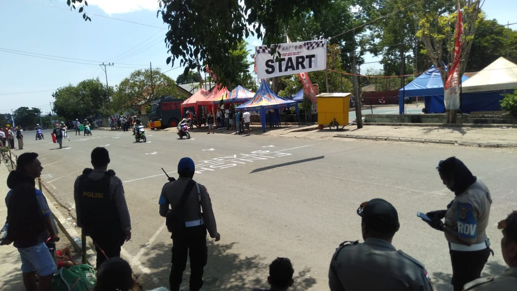 Pengamanan Kejuaraan Road Race oleh personil Polres TTS