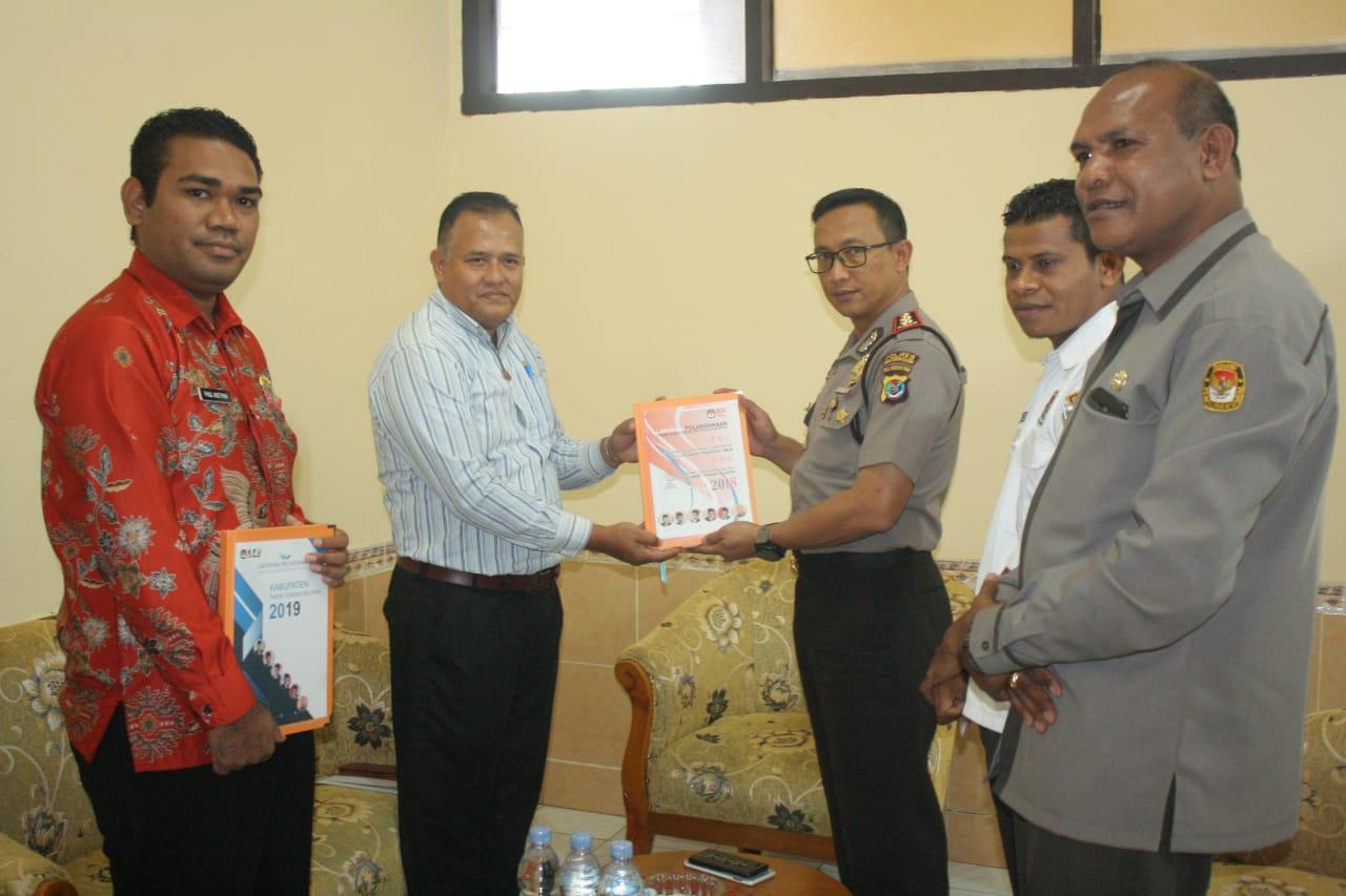 KPU Beri  Piagam Penghargaan kepada Polres TTS